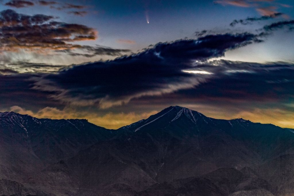 Comet NEOWISE as seen from Hanle, India Credit : Dorje Angchuk